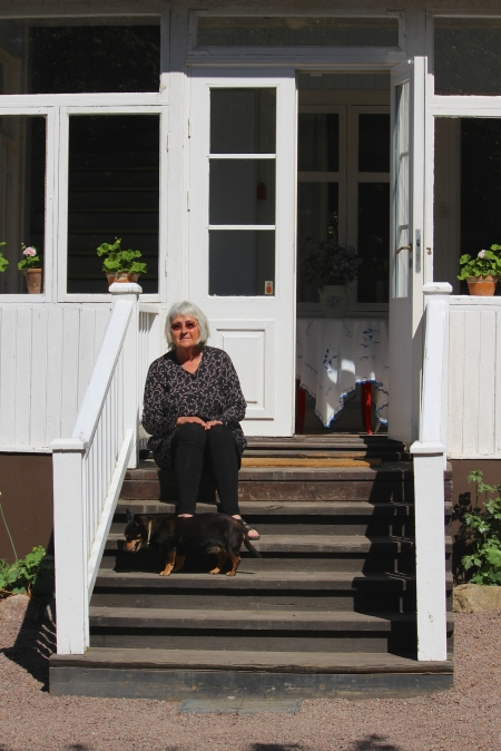 On the stairs of Astrid Lindgren's childhood home. Photo: Sabina Sakari