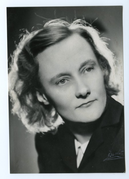 Astrid Lindgren 1942. Photo: Salikon